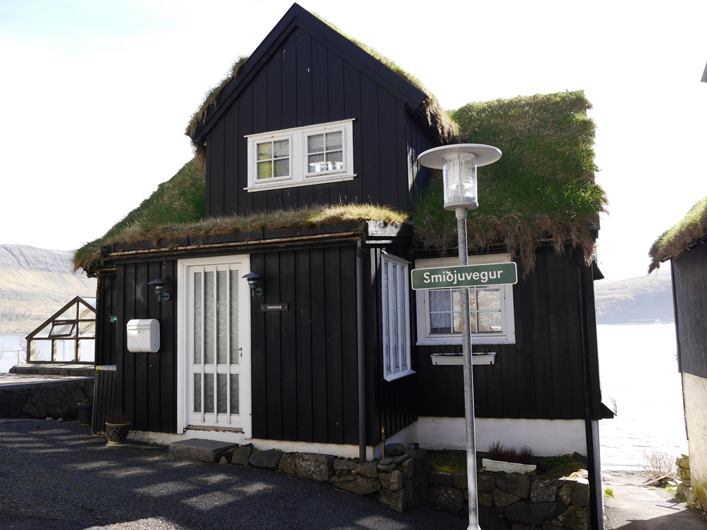House in Bøur© tmf dialogue marketing